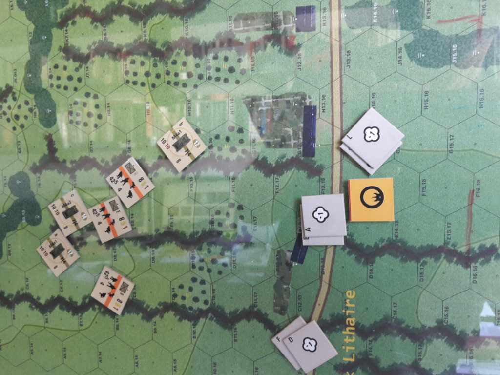Turn 2, end. German has made a single initial unit draw with two more reinforcement draws. He is ahead by 7VP.